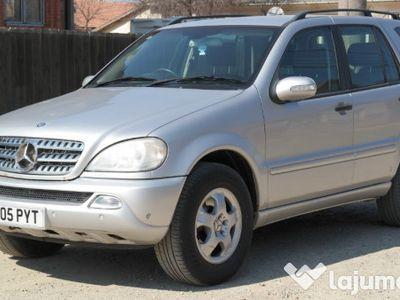 second-hand Mercedes ML270 CDI 7 locuri - an 2005, 2.7 cdi (Diesel)