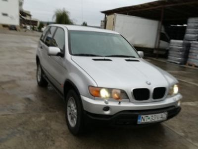 second-hand BMW 2002 X5, 3000 benzina, acte la zi