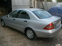 second-hand Mercedes C180 benzina+GPL, 2.000 cmc, din 2001