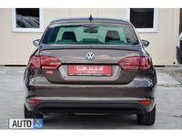 second-hand VW Jetta Benzina+Electric