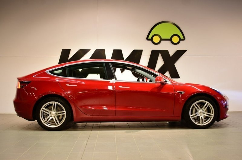 Såld Tesla Model 3 Long Range AWD ., begagnad 2019, 1 050 ...