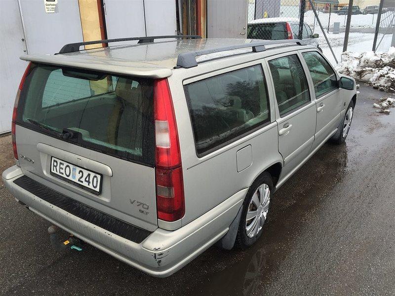 Sald Volvo V70 Glt 170hk Kombi 2000 Begagnad 2000 33 500 Mil I