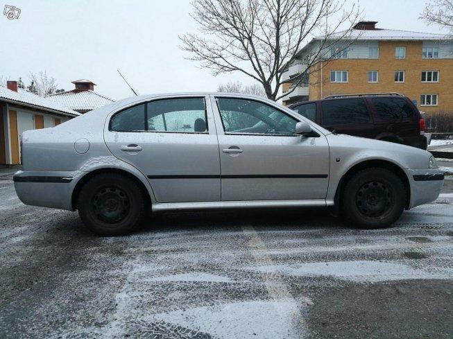 ▷ skoda octavia 1.6 benzin 102 hk (2003) | vallentuna | autouncle