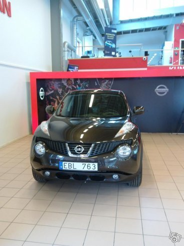 S ld nissan juke acenta 13 begagnad 2013 mil i for Nissan juke lila