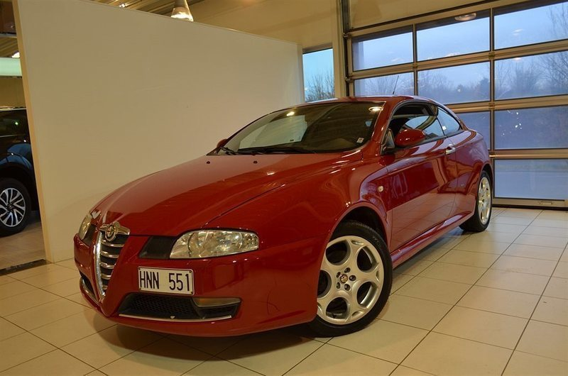 begagnad Alfa Romeo GT Romeo1.9 JTD 1 2008, Sportkupé 99 000 kr