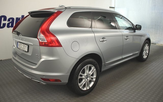 s ld volvo xc60 awd d4 190hk 4x4 s begagnad 2016 mil i tingsryd. Black Bedroom Furniture Sets. Home Design Ideas