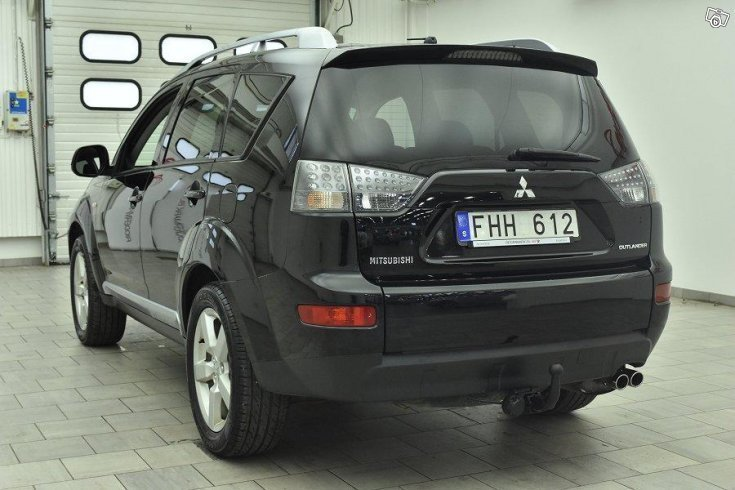 s ld mitsubishi outlander 2 2 di d begagnad 2008 mil i skog s. Black Bedroom Furniture Sets. Home Design Ideas