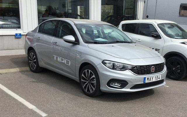 S ld fiat tipo tipolounge 1 6 e to begagnad 2016 319 for 902 10 23 43