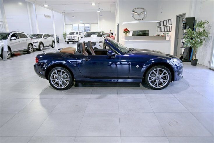 mazda mx 5 blocket with 6742525 Mazda Mx5 1 8 126 Hk S Soft Top Cabriolet on Index together with 6869700 Mazda Mx5 1 8 Miata Cab 126hk Svensksald furthermore 7011624 Mazda Mx5 Miata 91 also MX5 furthermore 7011624 Mazda Mx5 Miata 91.
