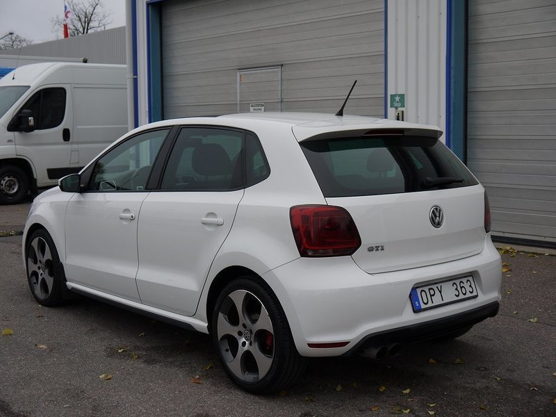 s ld vw polo 180 hk gti taklucka a begagnad 2011 mil i uppsala. Black Bedroom Furniture Sets. Home Design Ideas