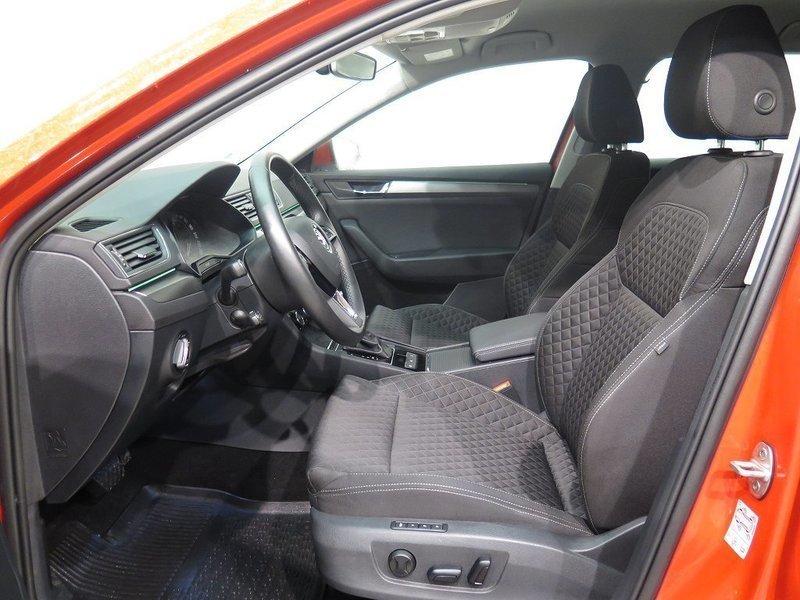 3dd746d6 58c0 465d a101 68196f4036bf skoda superb 2 0 tdi style aut drag 16