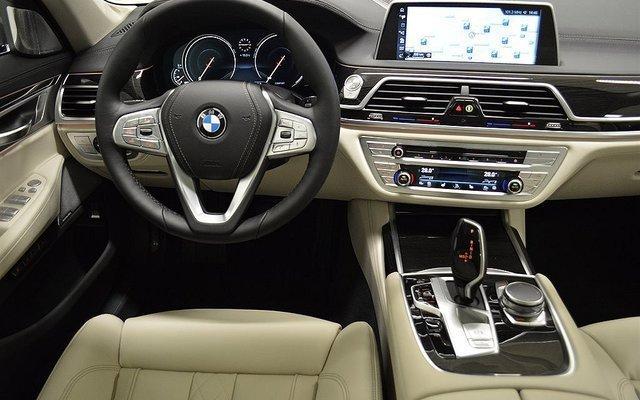Kontrollera bilens skuld bmw 730 d aut xdrive for Exterieur design pure excellence
