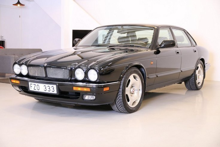 s ld jaguar xjr 4 0 supercharged begagnad 1995 mil i g vle. Black Bedroom Furniture Sets. Home Design Ideas
