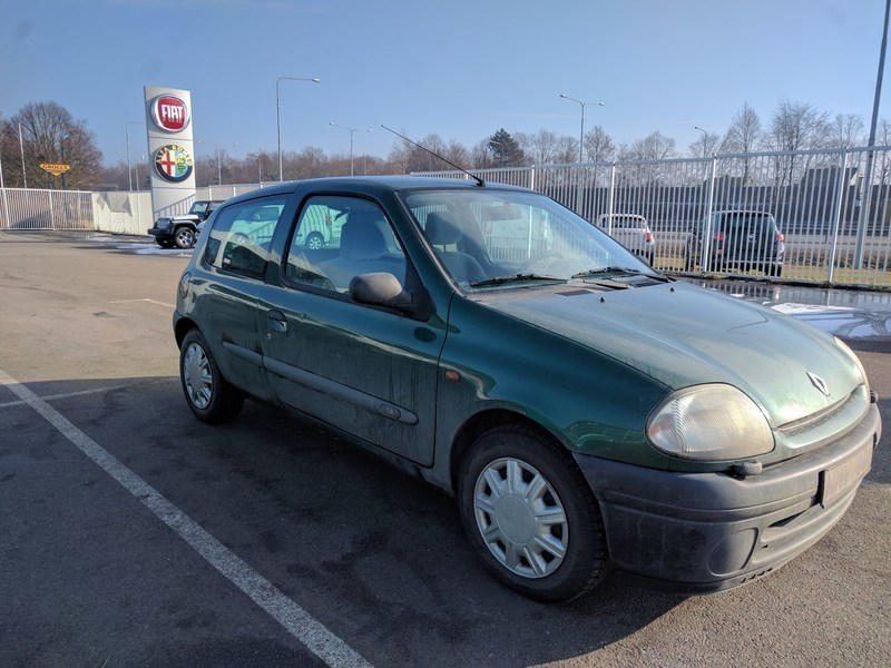 begagnad Renault Clio 1.4 3dr Kamrembytt