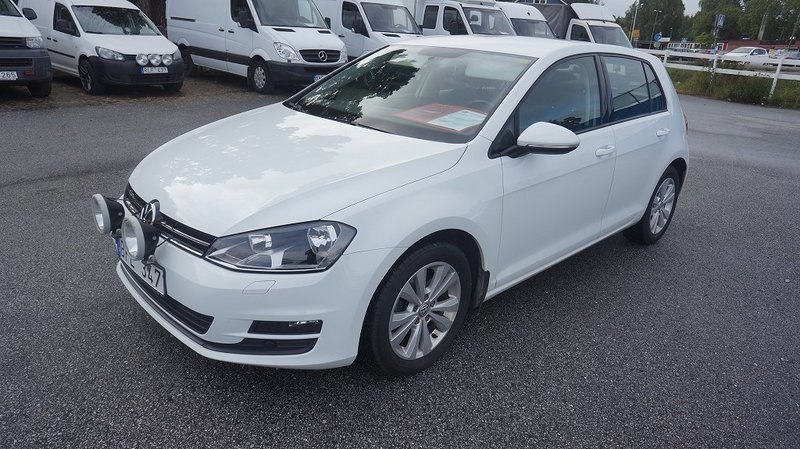 s ld vw golf tsi 122 hk multifuel begagnad 2014 mil i eker. Black Bedroom Furniture Sets. Home Design Ideas