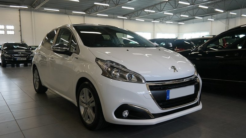 s ld peugeot 208 style puretech 82 begagnad 2016 500 mil i lund. Black Bedroom Furniture Sets. Home Design Ideas