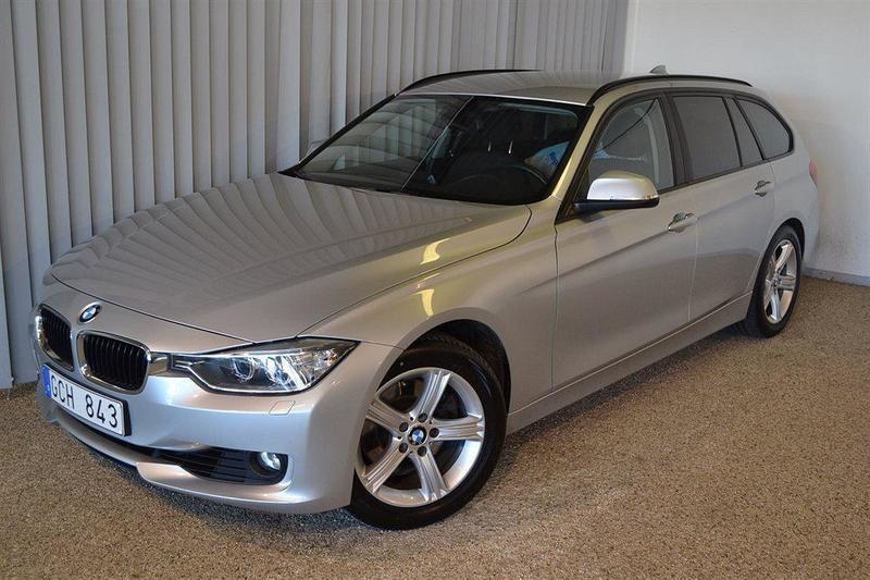 begagnad BMW 328 i Touring (245hk)