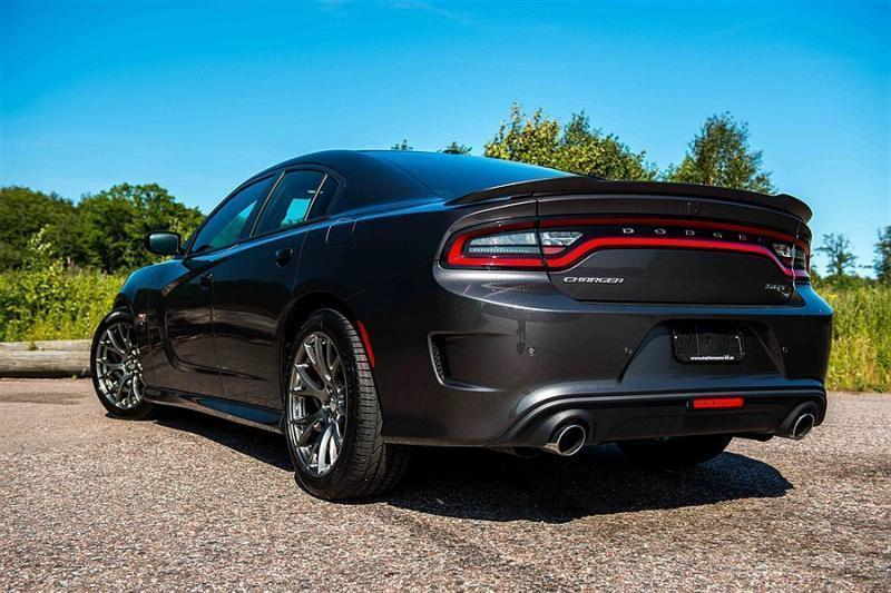 Hellcat Srt8 Challenger For Sale Date furthermore 291803678128 further 09 likewise 2015 Corvette Z06 Races Challenger Hellcat Viper And Corvette Zr1 Stock Drag Strip Challenge 90776 as well 08. on 2015 silver dodge viper srt