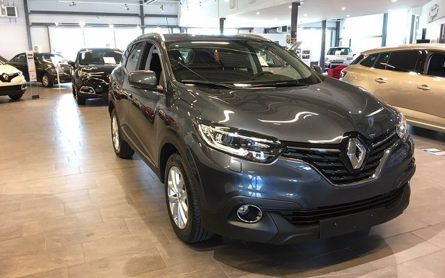 s ld renault kadjar tce 130 edc begagnad 2017 0 mil i halmstad. Black Bedroom Furniture Sets. Home Design Ideas