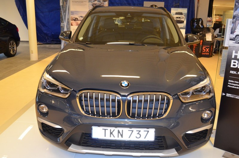 begagnad BMW X1 sDrive18d