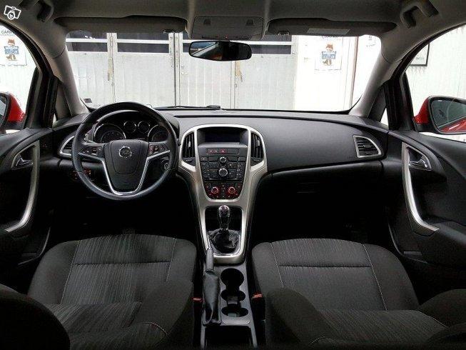 Såld Opel Astra Byt Din bil hos os., begagnad 2010, 14.000 mil i Västra Götaland