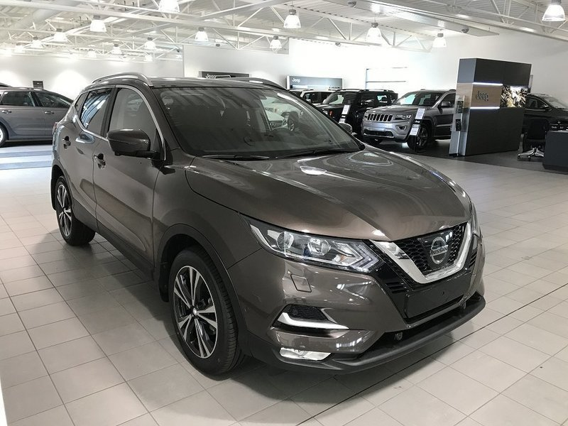 s ld nissan qashqai dig t 115 n co begagnad 2018 0 mil i v rnamo. Black Bedroom Furniture Sets. Home Design Ideas
