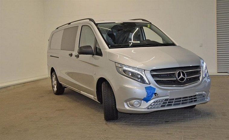 s ld mercedes vito 119 bluetec xl begagnad 2017 5 mil. Black Bedroom Furniture Sets. Home Design Ideas