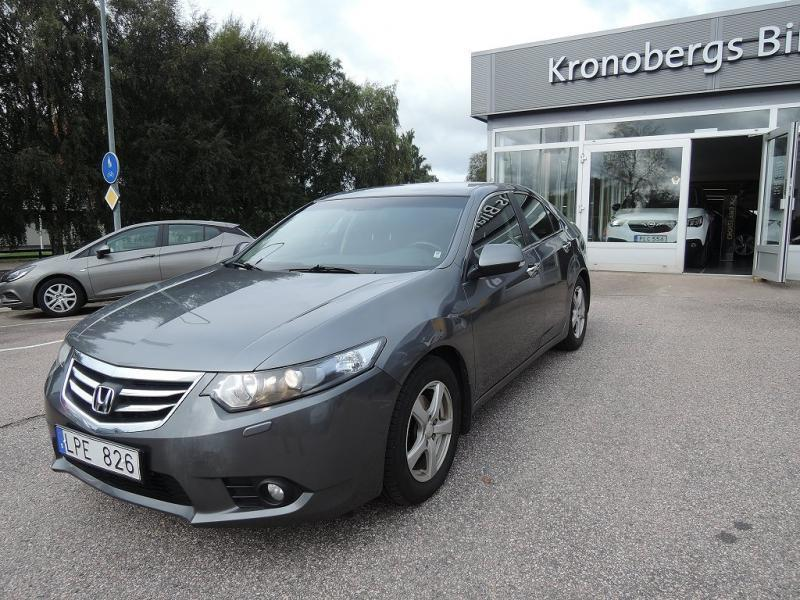 Begagnad 12 honda accord 2012 km i ljungby for 200 honda accord