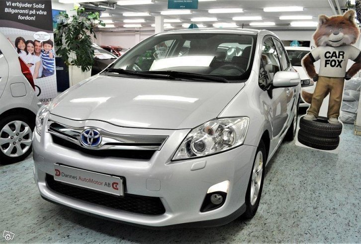 s ld toyota auris hybrid 1 8 hsd v begagnad 2011. Black Bedroom Furniture Sets. Home Design Ideas