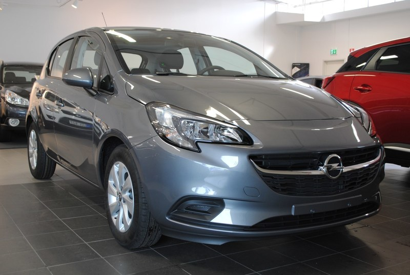 begagnad Opel Corsa Enjoy 5d 1.4 90hk AT6 Halvkombi