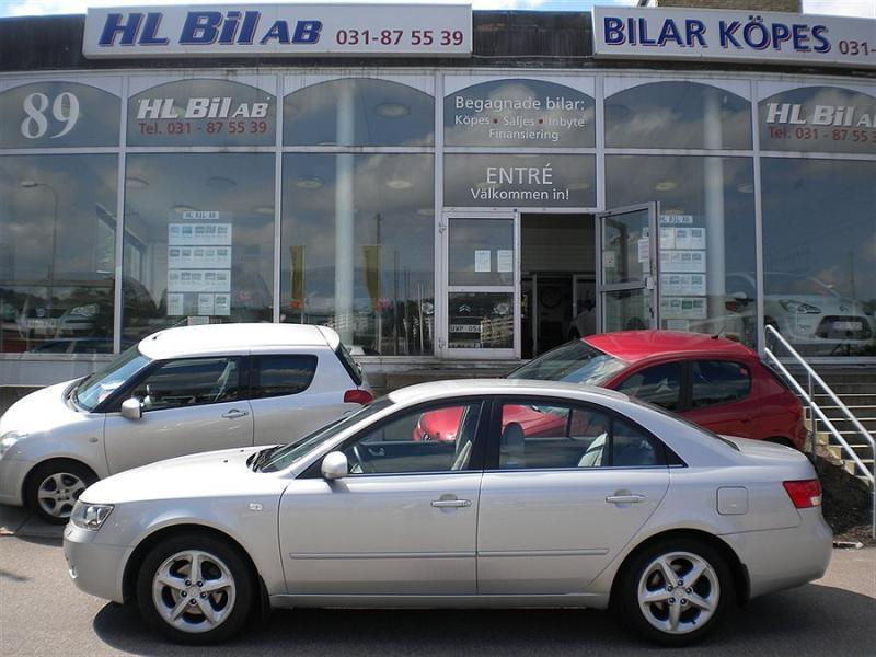 s ld hyundai sonata 3 3 v6 auto ex begagnad 2005 mil i m lnlycke. Black Bedroom Furniture Sets. Home Design Ideas