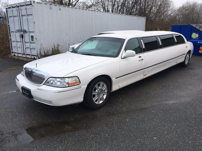 Sald Lincoln Town Car Limo Stretch Begagnad 2007 55 000 Mil I Orebro