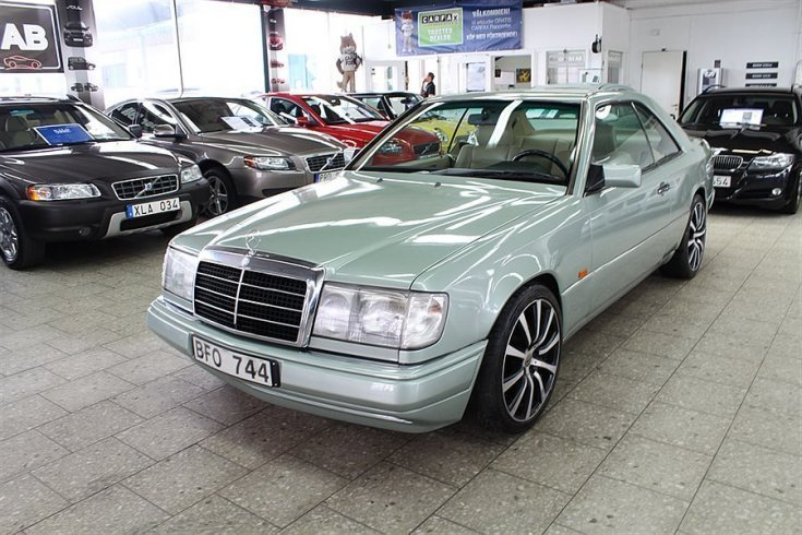 S ld mercedes e300 coupe 90 begagnad 1990 mil i for Mercedes benz 1990 e300
