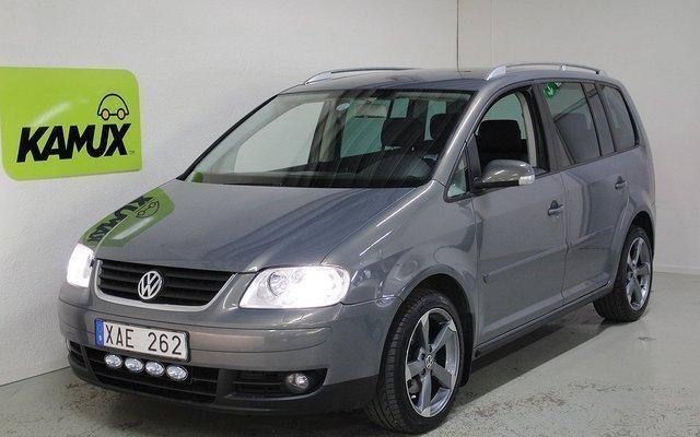 begagnad VW Touran 2.0 FSI 7 sits Drag Navi Nybesiktad 2006, SUV 59 000 kr