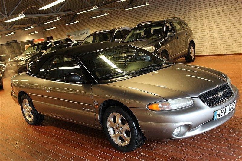 begagnad 2 5 cabriolet 163hk 99 chrysler stratus 1998 km i hanaskog. Black Bedroom Furniture Sets. Home Design Ideas