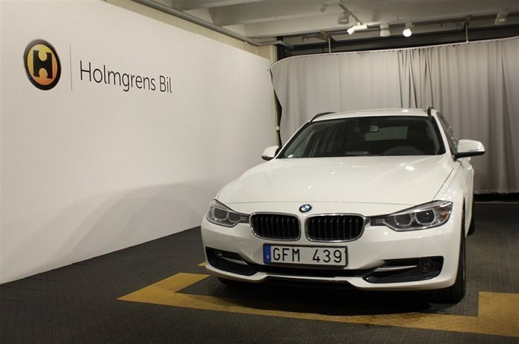 begagnad BMW 320 d Touring Sport