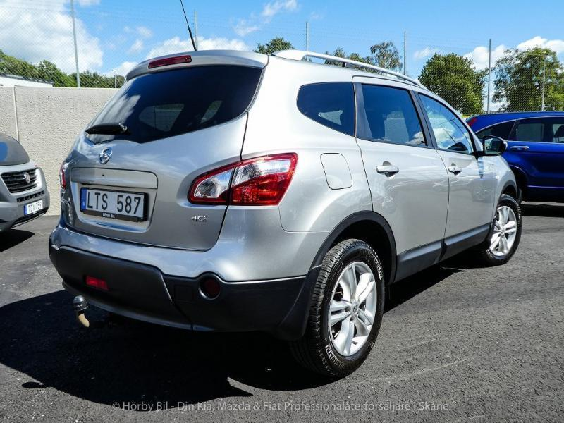 s ld nissan qashqai 2 2 0 dci 4x4 begagnad 2011 mil i h rby. Black Bedroom Furniture Sets. Home Design Ideas