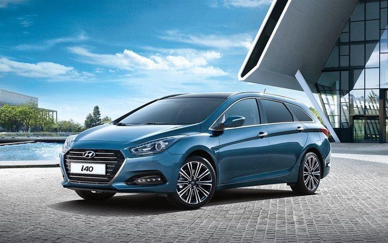 "begagnad Hyundai i40 Ki 1.7 CRDi M6 ComfortPlus 17"" ISG 2016, Kombi 288 300 kr"