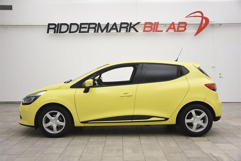 begagnad Renault Clio IV 0.9 TCE 90hk NAVI / 0:- KONTANT