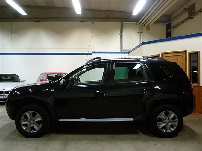 s ld dacia duster 1 2 tce drag nav begagnad 2014 mil i esl v. Black Bedroom Furniture Sets. Home Design Ideas