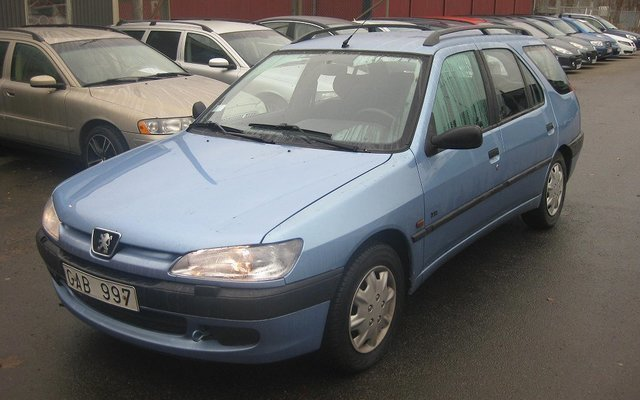 s ld peugeot 306 xr 1 9 td kombi a begagnad 1999 mil i norrk ping. Black Bedroom Furniture Sets. Home Design Ideas