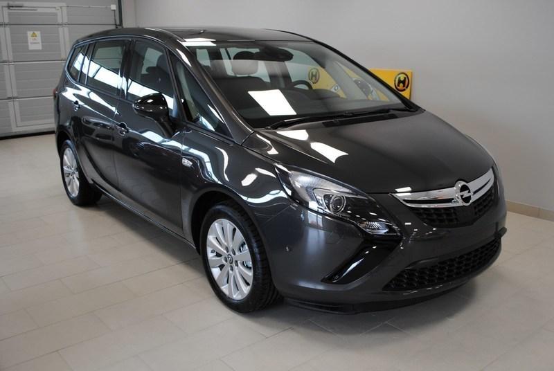 begagnad Opel Zafira Tourer Enjoy 1.4T 140HK Kombi