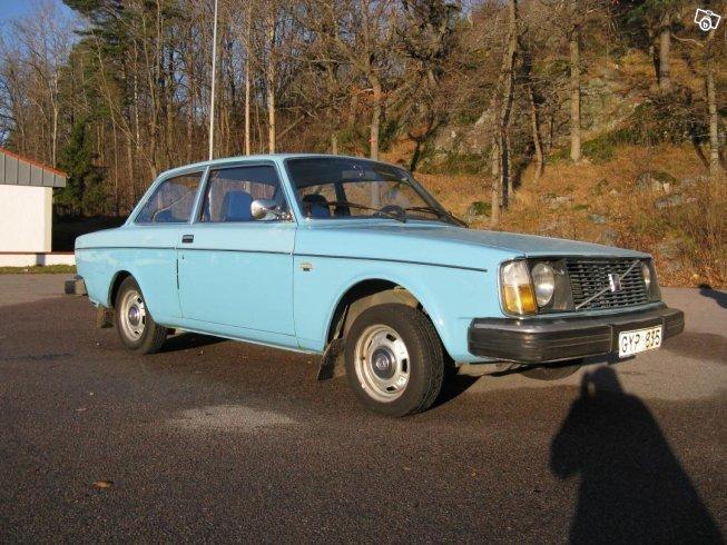 begagnad Volvo 240 1975