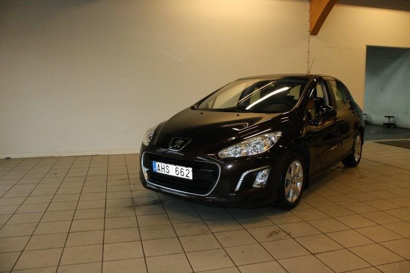 begagnad Peugeot 308 5D ACTIVE 1,6 VTi