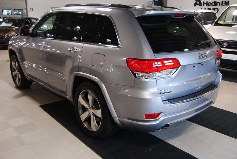 s ld jeep grand cherokee 3 0 crd a begagnad 2016 0 mil i lund. Black Bedroom Furniture Sets. Home Design Ideas