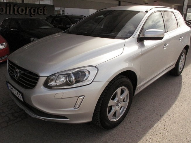 begagnad d4 momentum business e ii volvo xc60 2014 km 9. Black Bedroom Furniture Sets. Home Design Ideas