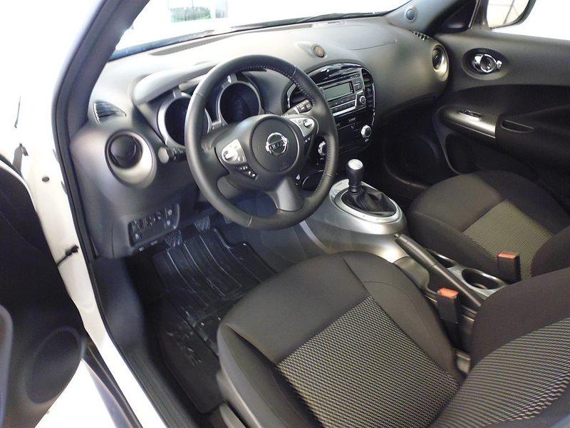 S ld nissan juke acenta 15 begagnad 2015 50 mil i for Nissan juke lila