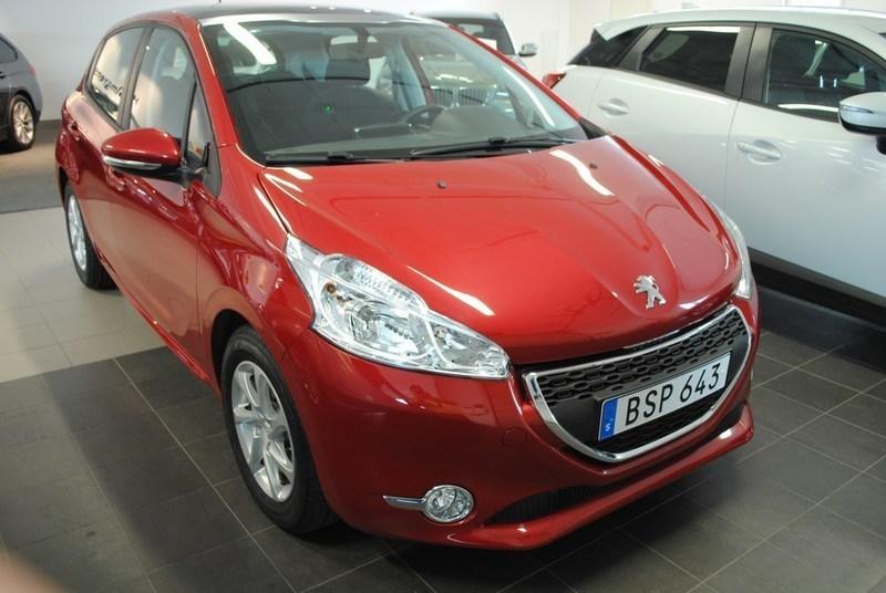 begagnad Peugeot 208 5D ACTIVE 1,2 VTI 82HK *SKYPACK*