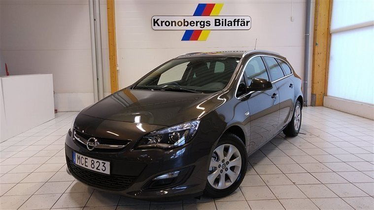 s ld opel astra sports tourer prem begagnad 2016 249 mil i v xj. Black Bedroom Furniture Sets. Home Design Ideas