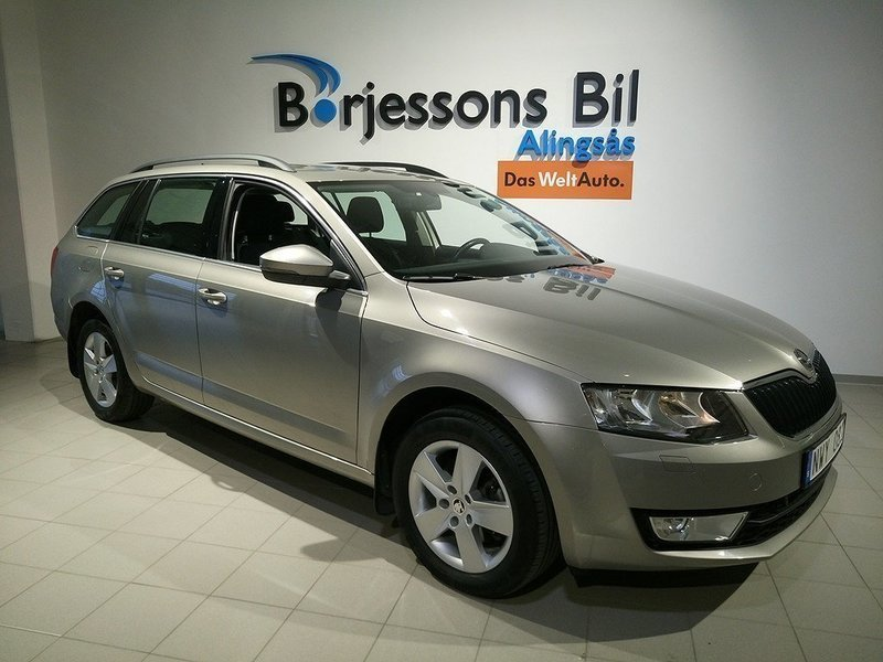 s ld skoda octavia combi ambition begagnad 2013 mil i alings s. Black Bedroom Furniture Sets. Home Design Ideas